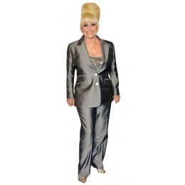 barbara-windsor-cardboard-cutout_1839223531